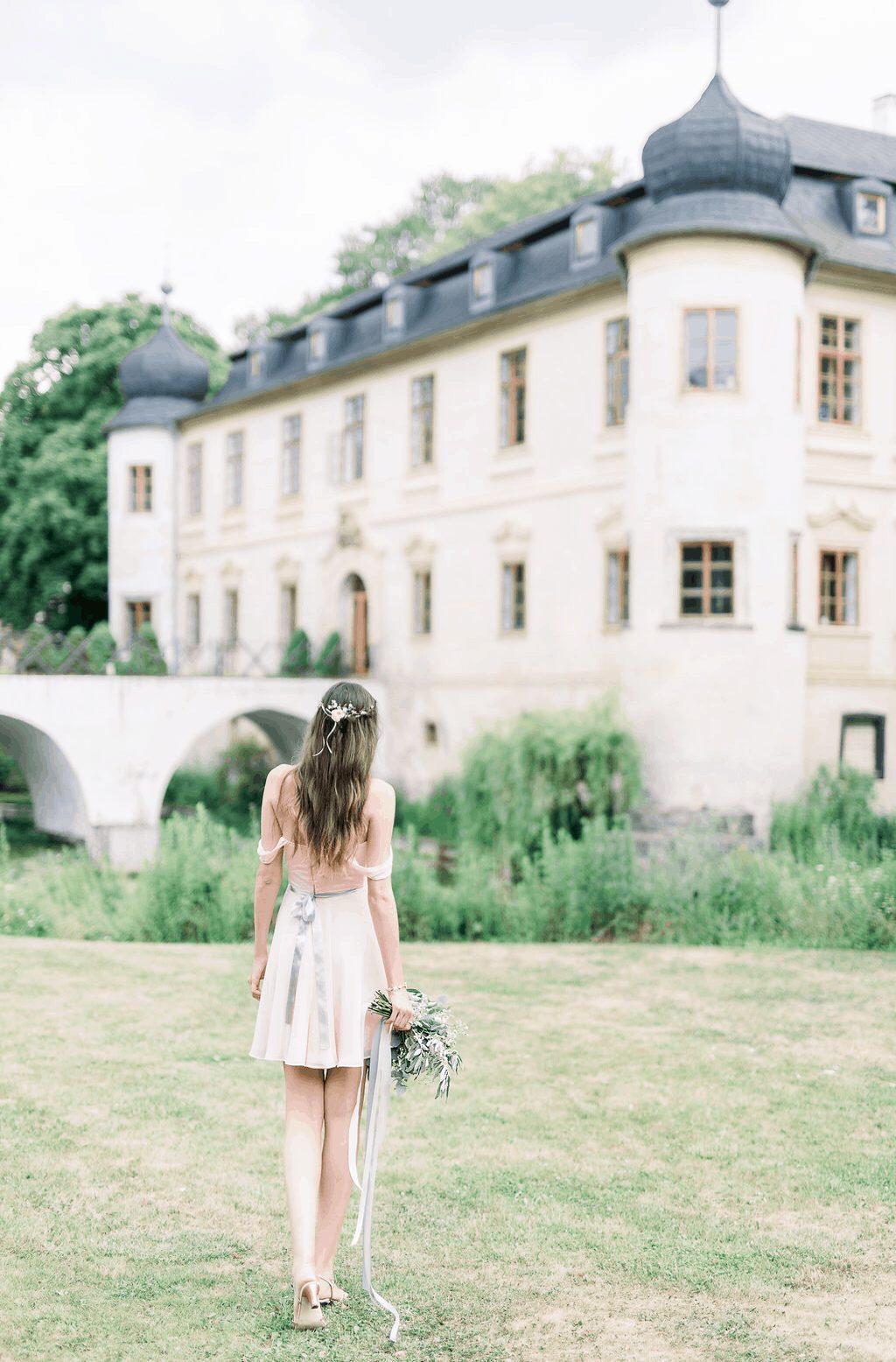 Diana Ella - Chateau Třebešice