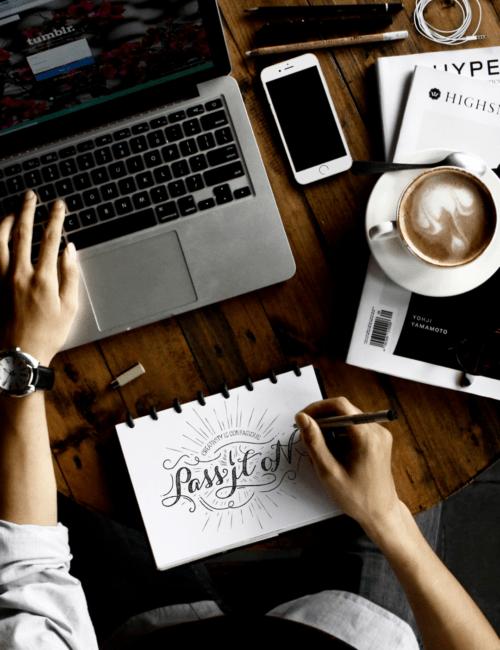 Blogování v otázkách a odpovědích: Jak začít, časté chyby, monetizace a budoucnost blogů